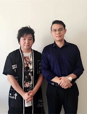 歌手杨臣刚助阵火星人新品发布会,《老鼠爱大米》全场大合唱